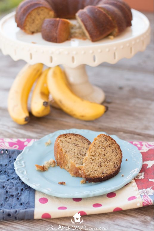 Moist Banana Cake With Greek Yogurt