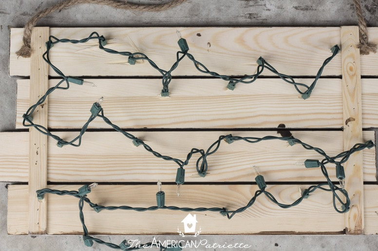Rustic DIY Light-Up Christmas Sign with O Holy Night Verse
