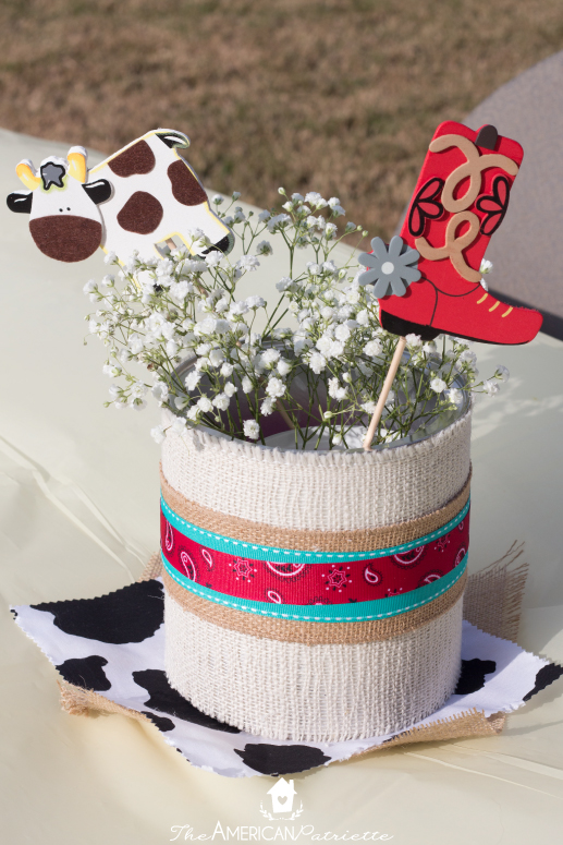 Burlap Covered Centerpieces For A Western Party The