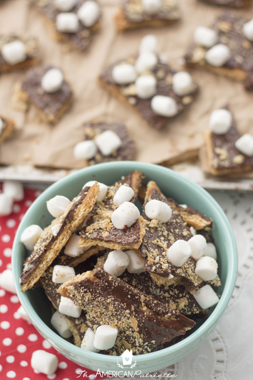 S'mores toffee - a delicious combination of buttery caramel sauce on graham crackers with chocolate & marshmallows!