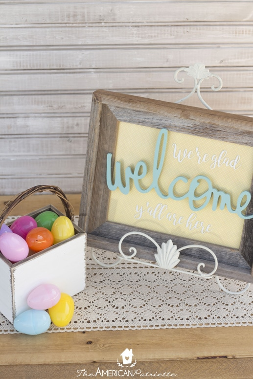 DIY Entryway Welcome Sign for Every Holiday and Season