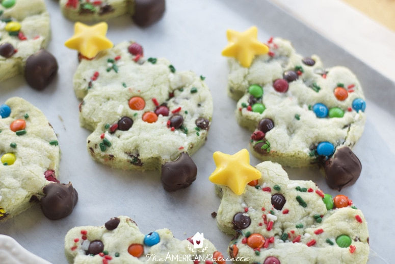 Chocolate Chip Pistachio Christmas Tree Cookies Perfect For Santa